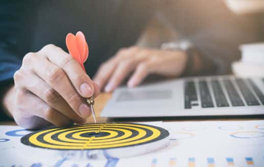 Πώς η Δέσμευση μπορεί να σου αλλάξει την ζωή life coach μανώλης Ισχάκης nlp holistic result coaching