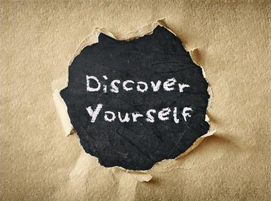 Αυτοεκτίμηση: κλείνοντας το μάτι στον ιδανικό μας εαυτό. life coach μανώλης Ισχάκης nlp holistic result coaching